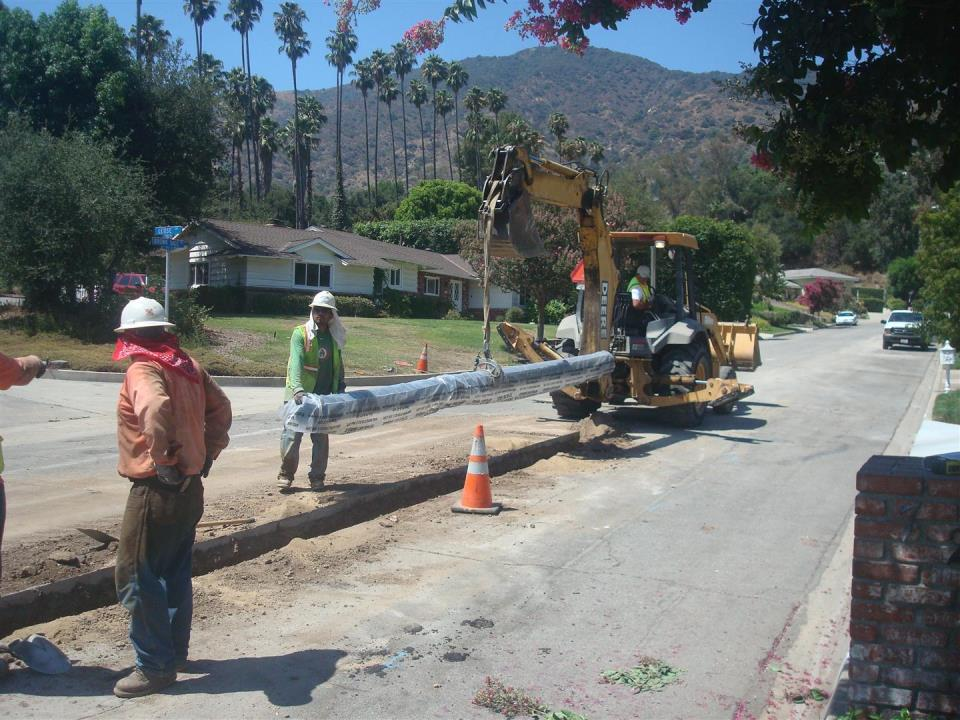 CIP 8-inch water main replacement in Brown Sage Drive