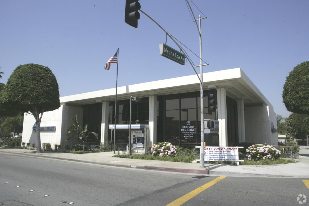 Image of available lease property at 801 S. Grand Ave