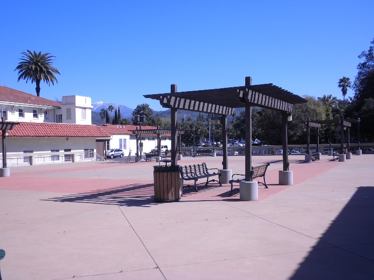 Open plaza outside Bidwell Forum
