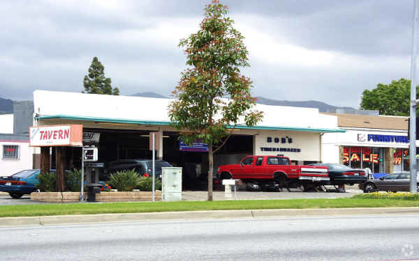Image of available property for sale at 727 W. Route 66